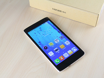大屏4G双卡双待 神舟灵雅X55 4G版评测