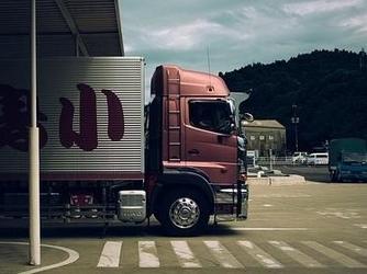除了自动驾驶轿车外 自动驾驶卡车也来了