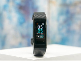 GPS+NFC下的双重攻势 华为手环3 Pro首发评测