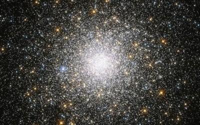 为了弄懂宇宙的形成 科学家用电脑模拟了800万个宇宙