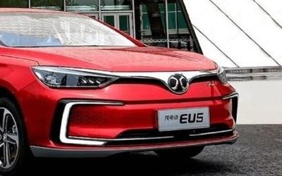 新能源汽车发展的同时 国内新能源汽车销量逐步下降