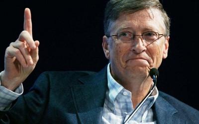 亚马逊股价暴跌 比尔·盖茨超越贝索斯重回世界首富