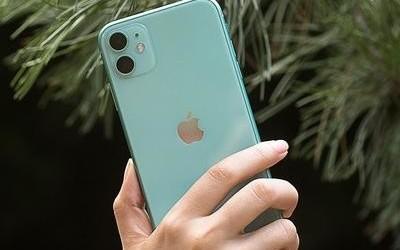 给你点颜色看看 这些五颜六色的手机让我欲罢不能