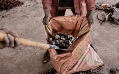 剛果鈷礦致童工死亡 特斯拉微軟等科技公司成為被告