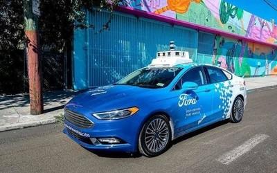 福特:自动驾驶出租车服务上线时间将推迟至2022年