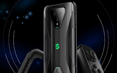 腾讯黑鲨游戏手机3限时直降300元 赠黑鲨游戏手柄3