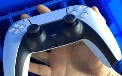 索尼PS5手柄实物照片曝光 体积暴增但手感貌似还不错