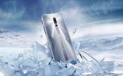 红魔5S游戏手机发布!骁龙865+144Hz屏售3799元起