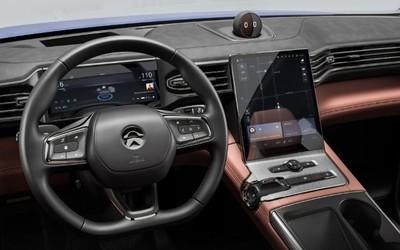 一图看懂蔚来EC6电动轿跑SUV内饰 宽敞空间精致质感