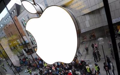重回全球第一宝座!苹果公司市值突破1.8万亿美元