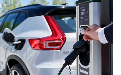 还打算买燃油车?英国或在2035年之前禁止销售燃油车