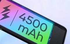 realme真我X7系列配备4500mAh电池 兼顾轻薄与续航