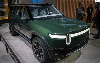 Rivian R1S电动SUV曝光 最大续航660公里明年上市