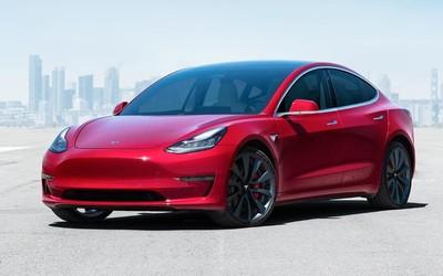 特斯拉下调Model 3售价至24.99万元 此时入手正当时