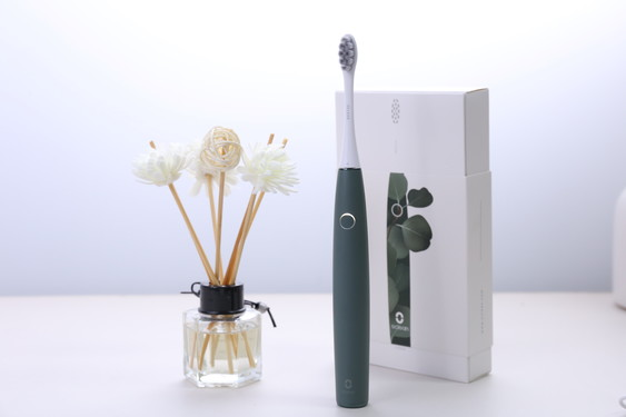 Oclean Air2 sonic electric toothbrush light button
