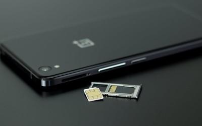 中国移动推出超级SIM卡:能当饭卡门卡 还能大额转账