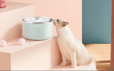 美的小泉眼宠物饮水机上市 你家宠物可以照顾自己了!