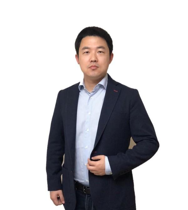 专访张雷:坚持技术创新 中兴手机对未来仍旧充溢等待