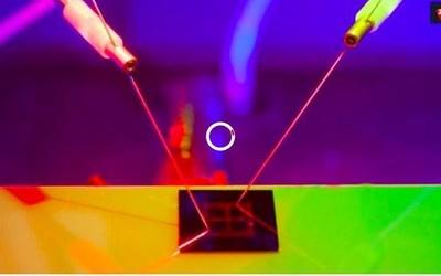 国外研发出人工智能光感芯片 通过光波来操控神经元