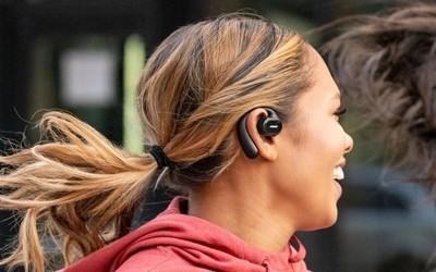 Bose开放式运动耳机发布 约售1300元不用塞进耳朵!