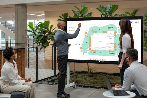 Surface Hub 2S 85