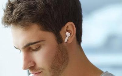 荣耀亲选EarBuds X1耳机获年度最佳新品 续航是亮点