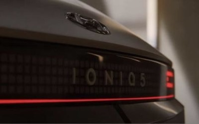 现代IONIQ 5将于2月2日亮相 外观设计已提前曝光