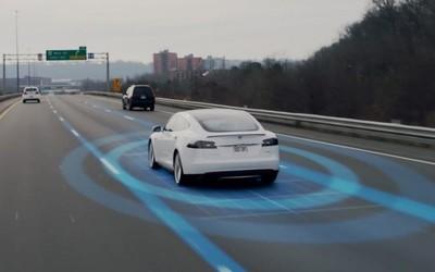 特斯拉与三星联手开发5nm芯片 将用于全自动驾驶