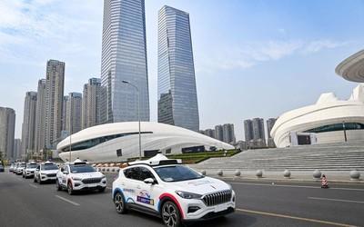 特斯拉投资公司:2030年自动驾驶收入将超1万亿美元