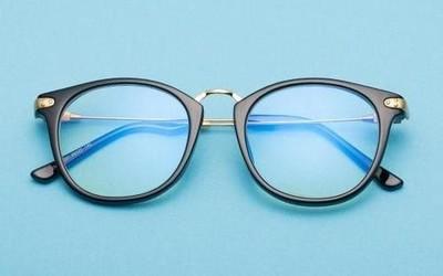 小心购买!央视曝光部分防蓝光眼镜不合格率26.4%