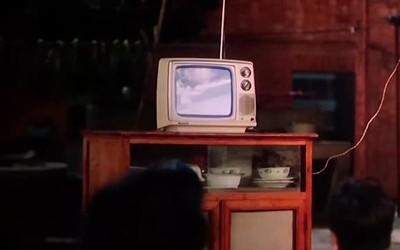 """李焕英家的""""小方块""""电视早就out了 这些电视才是未来!"""