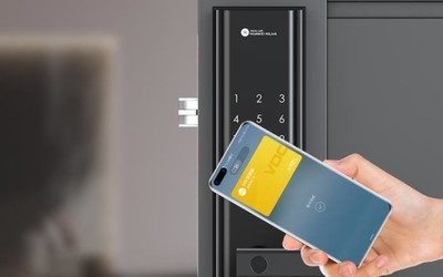 VOC智能门锁S在华为商城开启众测 手机一碰即可开锁