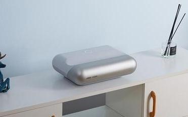 坚果智慧墙O1投影仪发布 27厘米即可投影80寸 售3999