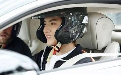 吴亦凡成立车队20XX Racing 作为选手参加PCCA比赛