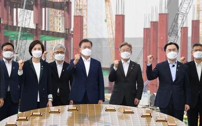 """韩国公布""""K半导体战略"""" 拟投资500万亿韩元发展芯片"""
