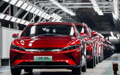 比亚迪第100万辆新能源汽车下线 用时13年创造记录!