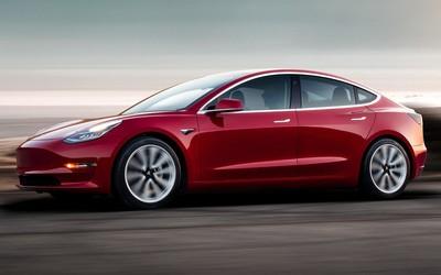 特斯拉美国召回近6000辆电动汽车 原因和刹车有关