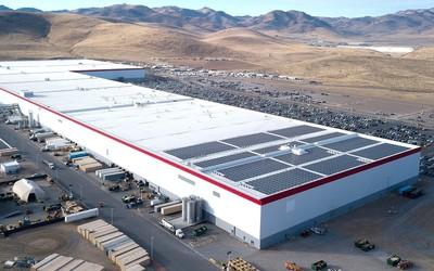 松下新任CEO谈特斯拉电池合作关系和4680电池生产