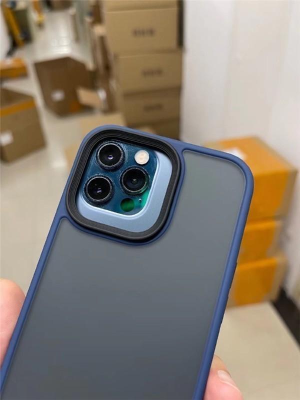iPhone 13 Pro手机壳曝光 相机模组比12 Pro大上一圈