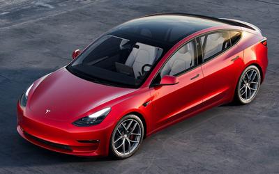 细节拉满!特斯拉上架Model 3迎宾踏板 售1590元