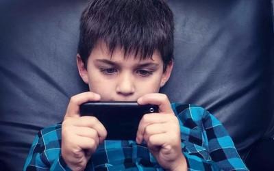 過半學生可解開游戲防沉迷系統 防沉迷真能管住孩子?