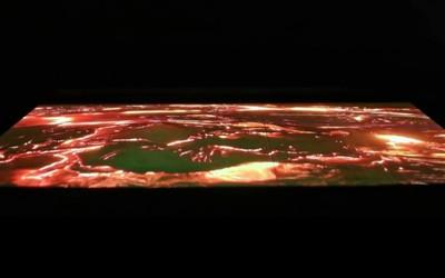 三星推出13英寸可伸缩显示屏 可将2D图像变成3D!