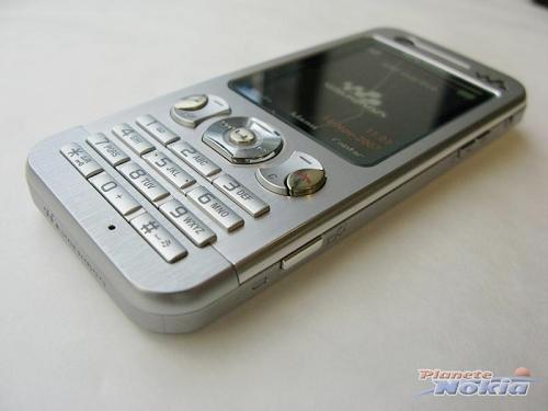 索尼爱立信新款超薄直板金属音乐手机W890i-精致金属超薄W890i手机